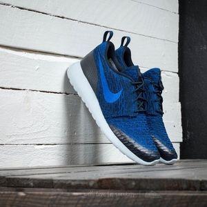 """Nike Flyknit Roshe Run """"Game Royal"""" 6.5 Women's"""